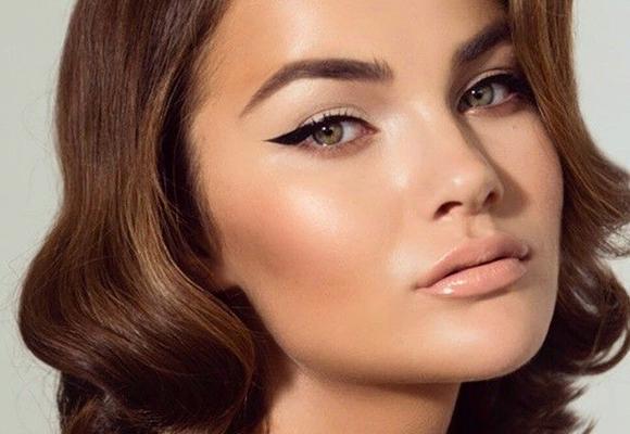 eyeliner-tecniche-applicazione