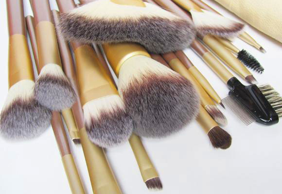 pennelli make-up