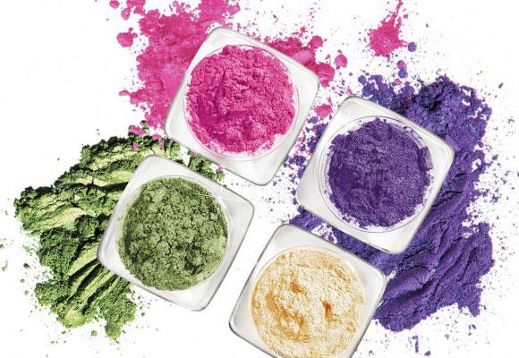 pigmenti in polvere colorati